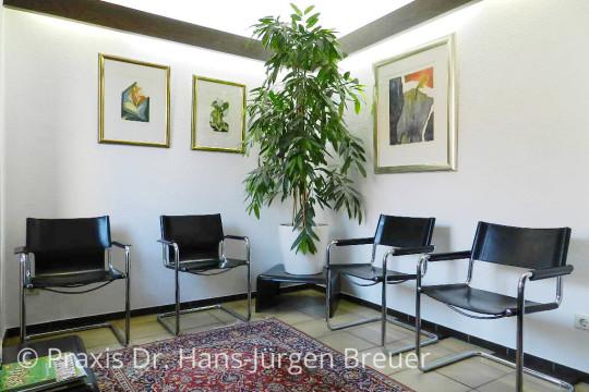 Wartezimmer der Praxis Dr. Breuer
